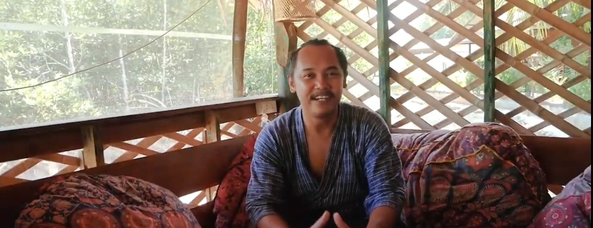 Interview_with_Sin_Island_Yoga